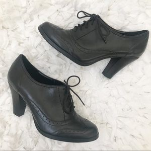Connie Black Oxford Pumps Heels Lace Up 6.5